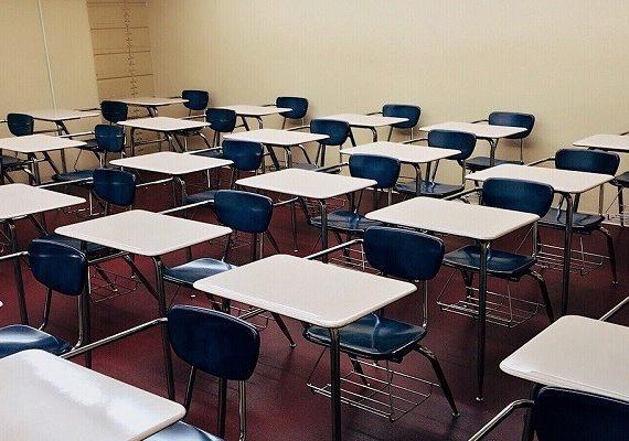 Mempersiapkan Anak Sekolah di Masa New Normal