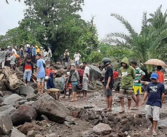 Anak di NTT Tidak Bisa Ujian Karena Banjir