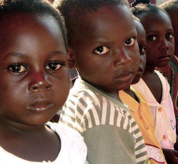 Selamatkan Anak di Burkina Faso